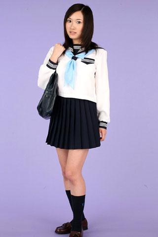 セーラー服が似合ってる女子高生2