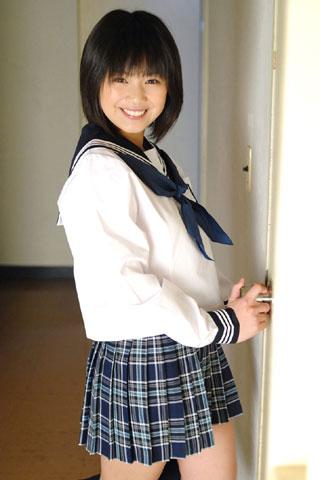 セーラー服が似合ってる女子高生3