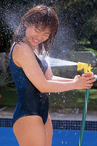 濡れ濡れスクール水着の女子高生6