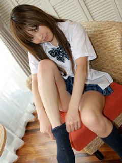 パンツちらっと見えそう女子高生8
